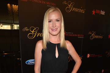 Angela Kinsey Arrivals at the 39th Annual Gracie Awards