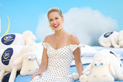 Anna Camp Joins Serta Mattress To Announce Nationwide Instagram Sweepstakes