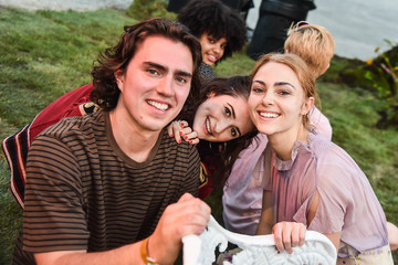 AnnaSophia Robb Spotify Premium Hosts An Intimate Event With Florence + The Machine