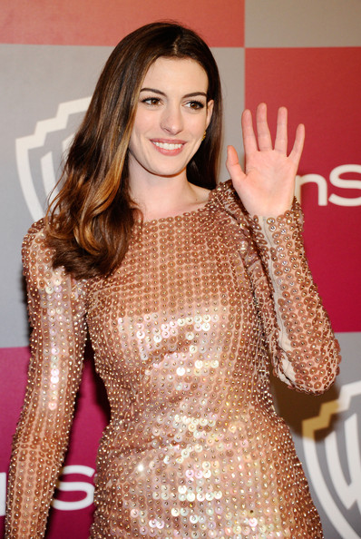 Anne Hathaway Actress Anne Hathaway arrives at the 2011 InStyle And Warner ...