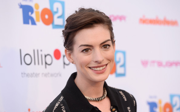 Hair Envy Of The Day: Anne Hathaway's Twisted, Faux-Plait Pixie