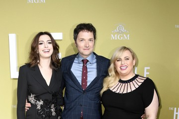 Anne Hathaway Premiere Of MGM's 'The Hustle' - Arrivals