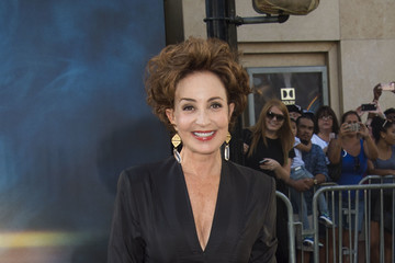 Annie Potts Premiere of Sony Pictures' 'Ghostbusters' - Arrivals