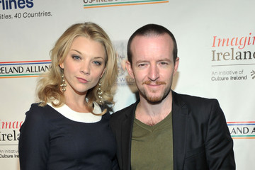 Natalie Dormer with relaxed, Boyfriend Anthony Byrne