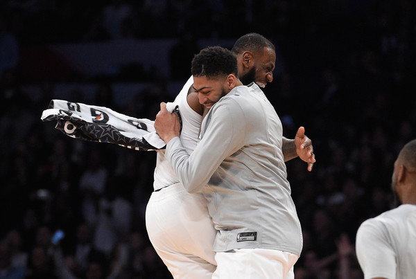 Anthony Davis Idolakan LeBron James, Bangga Bisa Satu Tim di Lakers