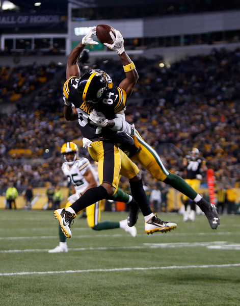 http://www4.pictures.zimbio.com/gi/Antonio+Brown+Green+Bay+Packers+v+Pittsburgh+V4Y_pGbiKWHl.jpg