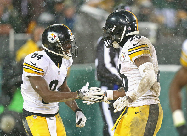 Pittsburgh Steelers v Green Bay Packers