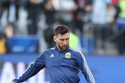 Lionel Messi of Argentina kicks the ball during warmups prior to the Copa America Brazil 2019 Third Place match between Argentina and Chile at Arena Corinthians on July 06, 2019 in Sao Paulo, Brazil.
