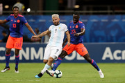 Sergio Agüero of Argentina fights for the ball with Davinson Sánchez of Colombia  during the Copa America Brazil 2019 group B match between Argentina and Colombia at Arena Fonte Nova on June 15, 2019 in Salvador, Brazil.