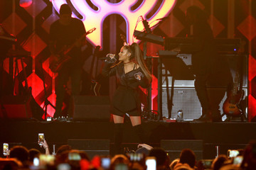 Ariana Grande Power 96.1's Jingle Ball 2016 - SHOW