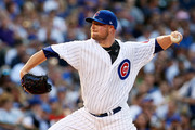 Jon Lester #34 of the Chicago Cubs pitches in the first inning against the Arizona Diamondbacks at Wrigley Field on August 1, 2017 in Chicago, Illinois.