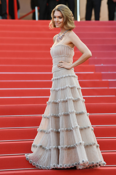 'Sink Or Swim (Le Grand Bain)' Red Carpet Arrivals - The 71st Annual Cannes Film Festival [sink or swim,gown,dress,beauty,flooring,lady,shoulder,wedding dress,fashion model,cocktail dress,girl,red carpet arrivals,arizona muse,screening,cannes,france,cannes film festival,palais des festivals]