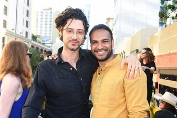 Arjun Gupta SYFY's 'The Magicians' Surprise Fans on the Karaoke Bus at San Diego Comic-Con