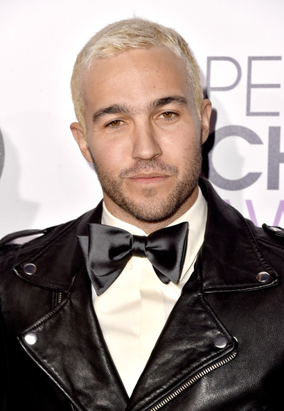 Singer Pete Wentz attends The 41st Annual People's Choice Awards at