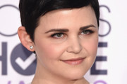 Ginnifer Goodwin's Textured Pixie and Bold Brows - Best Hair & Makeup from the 2015 People's Choice Awards