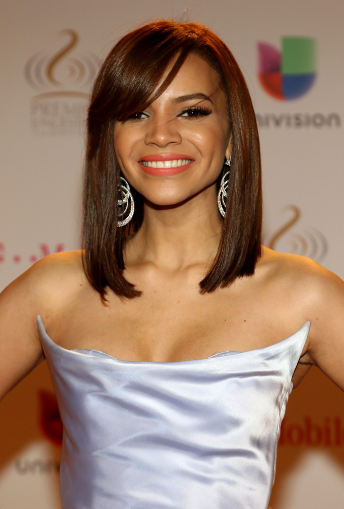 Leslie Grace Photos Photos Arrivals At The Premios Lo