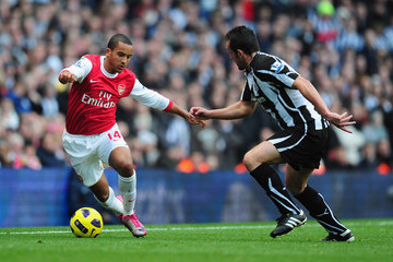 Theo Walcott Jose Enrique Arsenal v Newcastle United - Premier League