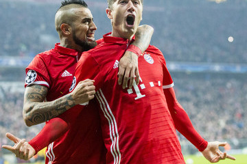 Arturo Vidal FC Bayern Muenchen v Arsenal FC - UEFA Champions League Round of 16: First Leg