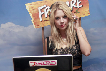 Ashley Benson Coachella - Fruttare Hangout - Day 2