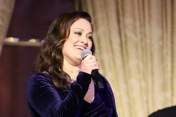 Ashley Brown Hotel Association Of New York City  Hosts The 'Red Carpet Hospitality Gala,' With Special Live Performance From Veteran Broadway Actress Ashley Brown