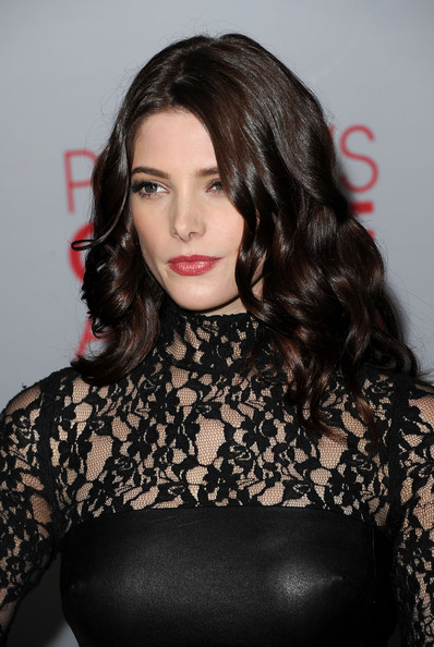 Ashley Greene - 2012 People's Choice Awards - Arrivals