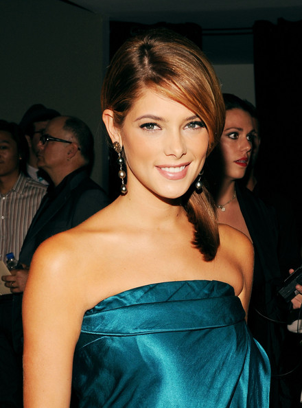 Ashley Greene - Images