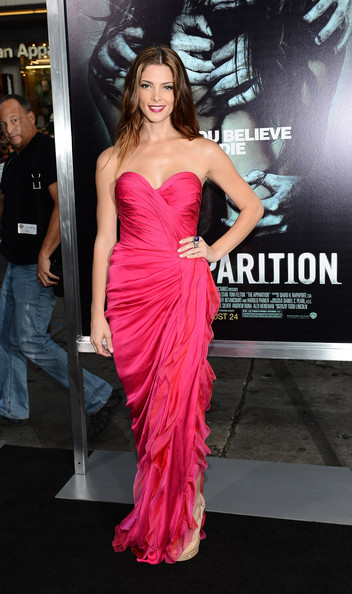 "Ashley Greene - Premiere Of Warner Bros. Pictures ""The Apparition"" - Arrivals"