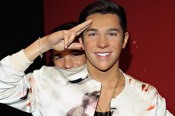 Austin Mahone Madame Tussauds Orlando Unveils Never Before Seen Austin Mahone Wax Figure
