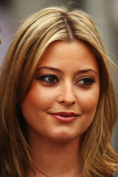 Holly Valance - Photo Actress