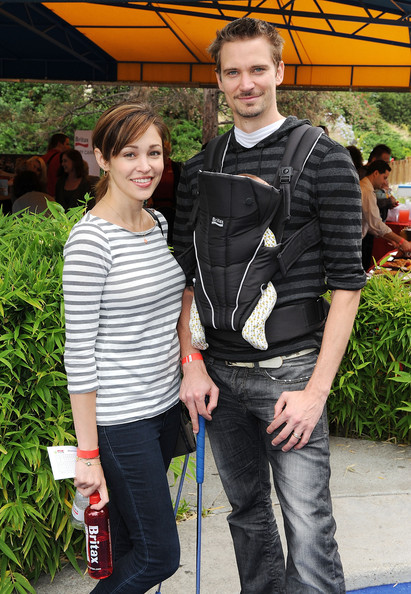Autumn Reeser Actress Autumn Reeser  husband Jesse Warren  and their    Autumn Reeser Husband