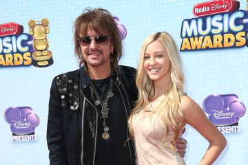 Ava Sambora 2014 Radio Disney Music Awards - Arrivals