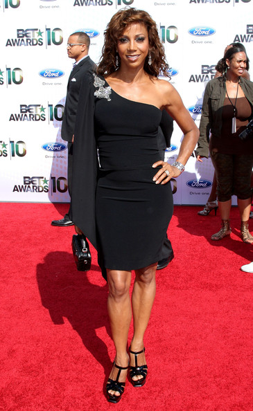 Actress Holly Robinson Peete arrives at the 2010 BET Awards held at the Shrine Auditorium on June 27, 2010 in Los Angeles, California.