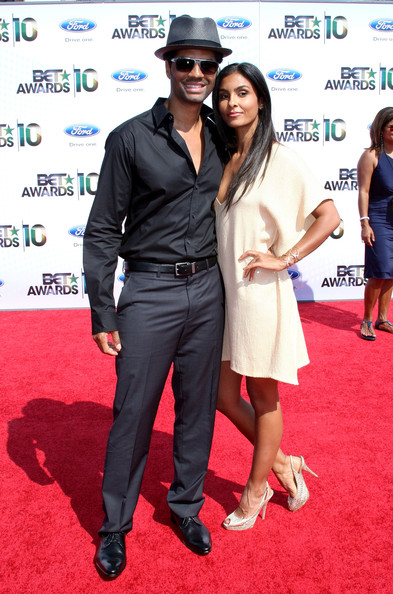 Singer/songwriter Eric Benet (L) and Manuela Testolini arrive at the 2010 BET Awards held at the Shrine Auditorium on June 27, 2010 in Los Angeles, California.
