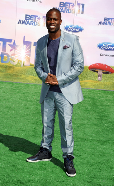 Host Kevin Hart arrives at the BET Awards '11 held at the Shrine Auditorium on June 26, 2011 in Los Angeles, California.