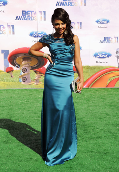 Singer Ashanti arrives at the BET Awards '11 held at the Shrine Auditorium on June 26, 2011 in Los Angeles, California.