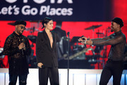 (L-R) Ro James, Jessie J, and Luke James perform onstage at the 2017 Soul Train Awards, presented by BET, at the Orleans Arena on November 5, 2017 in Las Vegas, Nevada.
