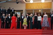 """(From2ndL) US producer Kristie Macosko, US producer Frank Marshall, US producer Kathleen Kennedy, US actress Kate Capshaw, US director Steven Spielberg, US actress Ruby Barnhill, British actor Mark Rylance and his wife British composer Claire van Kampen, British screenwriter Lucy Dahl, British actress Penelope Wilton, British actress Rebecca Hall and New Zealander actor Jemaine Clement pose on May 14, 2016 as they arrive for the screening of the film """"The BFG"""" at the 69th Cannes Film Festival in Cannes, southern France.  / AFP / Valery HACHE"""