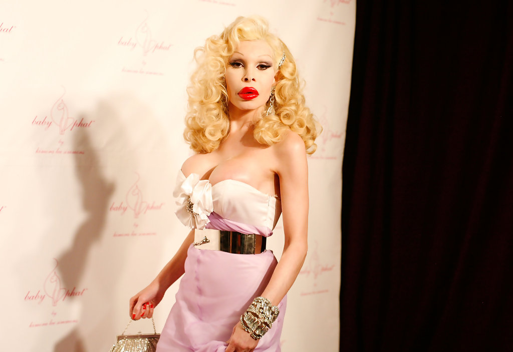 Amanda Lepore Photos Baby Phat Amp Kls Collection Front