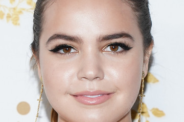 Bailee Madison 2019 Winter TCA Tour - Hallmark Channel And Hallmark Movies And Mysteries - Arrivals