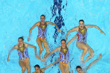 Ballestro Carbonell Olympics Day 13 - Synchronised Swimming