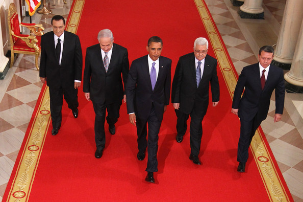 Barack Obama (L-R) Egyptian President Hosni Mubarak,  Israeli Prime Minister Benjamin Netanyahu, U.S. President Barack Obama, Palestinian Authority President Mahmoud Abbas, and King Abdullah II of Jordan walk toward the East Room of the White House for statements on the first day of the Middle East peace talks September 1, 2010 in Washington, DC. The White House has kicked off a new round of direct peace talks for the Middle East, the first one in more than 18 months.