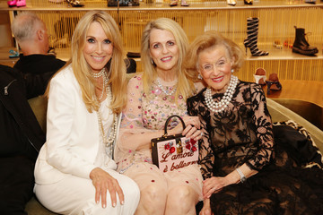 Barbara Davis Barneys New York Hosts A Cocktail Party In Support Of The Farrah Fawcett Foundation