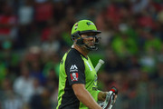 Jacques Kallis of the Thunder looks dejected after being dismissed by Tom Cooper of the Renegades during the Big Bash League match between the Sydney Thunder and the Melbourne Renegades at Spotless Stadium on January 11, 2016 in Sydney, Australia.