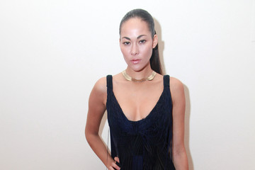 Jade Cole Bebe - Front Row & Backstage - Fall 2011 Style360