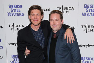 beck bennett it's not complicated