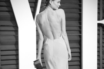 Behati Prinsloo Alternative Look at the Vanity Fair Oscar Party