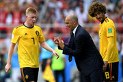 Roberto Martinez, Head coach of Belgium issues instructions to Kevin De Bruyne and Marouane Fellaini during the 2018 FIFA World Cup Russia group G match between Belgium and Tunisia at Spartak Stadium on June 23, 2018 in Moscow, Russia.