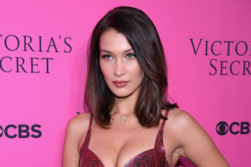 Bella Hadid Victoria's Secret Angels Gather to Watch the 2017 Victoria's Secret Fashion Show