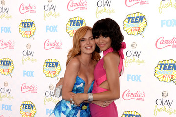 Bella Thorne Arrivals at the Teen Choice Awards