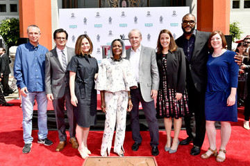 Ben Mankiewicz 2018 TCM Classic Film Festival - Hand and Footprint Ceremony: Cicely Tyson